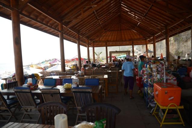 Divers restaurants près de la plage