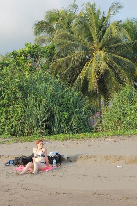Inès en pause plage.